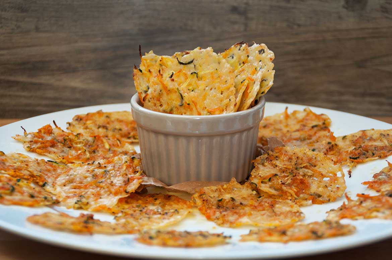 Crispy Parmesan-Gemüsechips