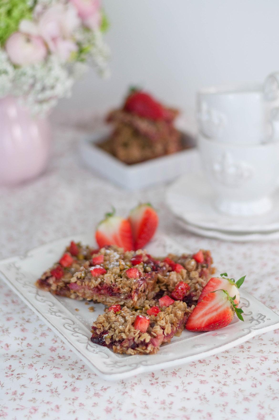 Erdbeer-Haferflocken-Schnitten