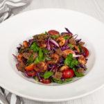 Knackiger Rotkohlsalat mit karamellisierten Garnelen