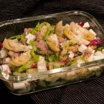 Romanasalat mit Artischocken, Thunfisch und Mozzarella