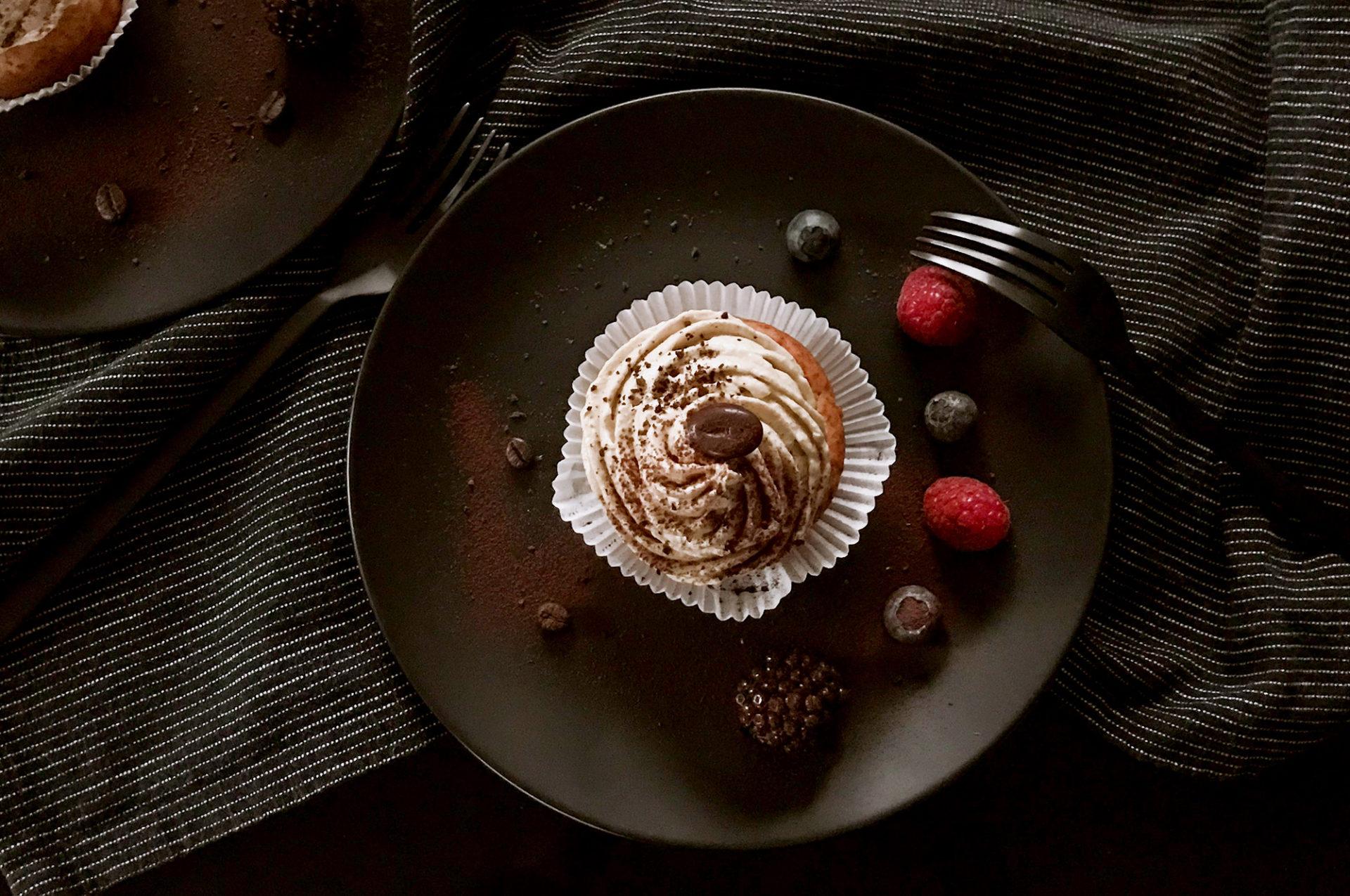 Vanille-Cupcakes mit Mokkafrosting