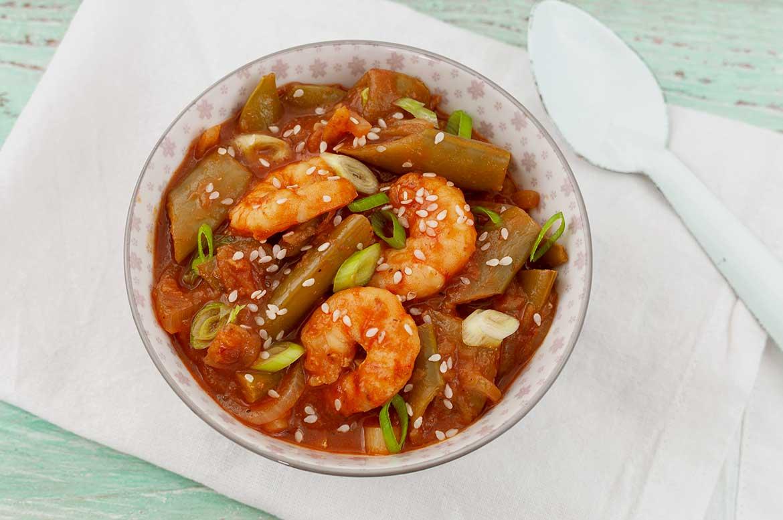 Garnelen-Curry-mit-Zuckerschotenerbsen