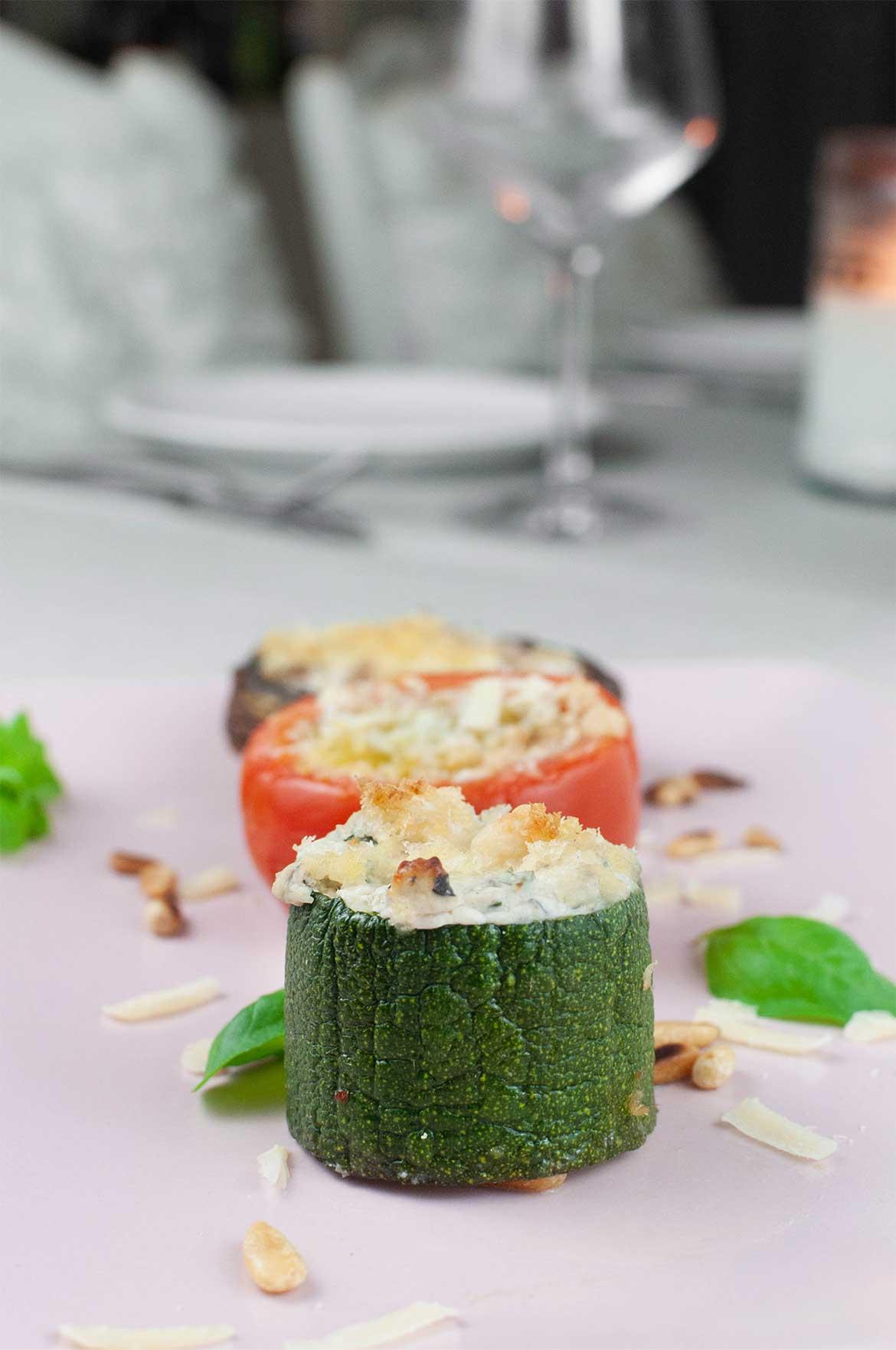 Gratiniertes-Gemuese aus Zucchini, Tomaten und Chamgignons